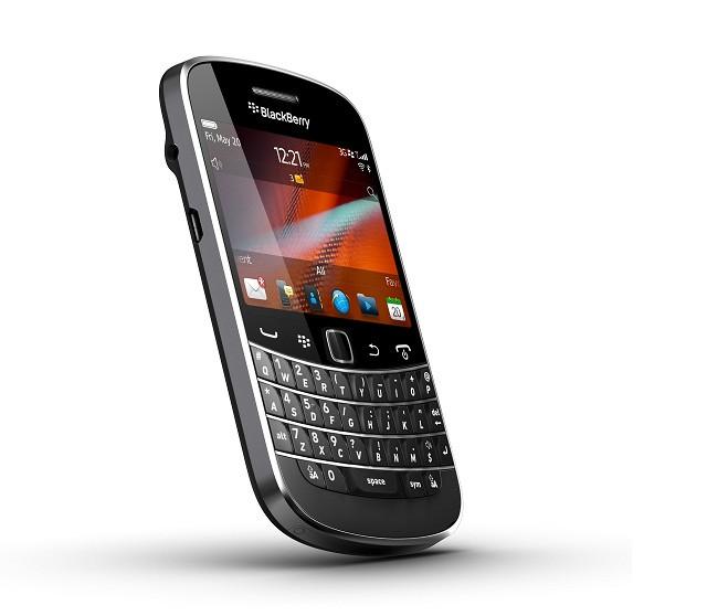 1315228472_blackberry-bold-9900-4.jpg