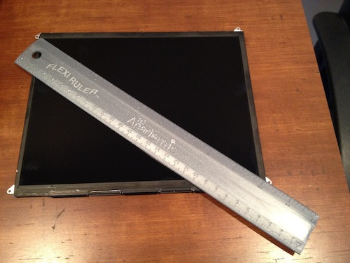 1329578085_ipad3displaymrruler.jpg