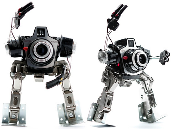 1331392640_himatic-recycled-robotic-sculpture-4hyyhr11446.jpg