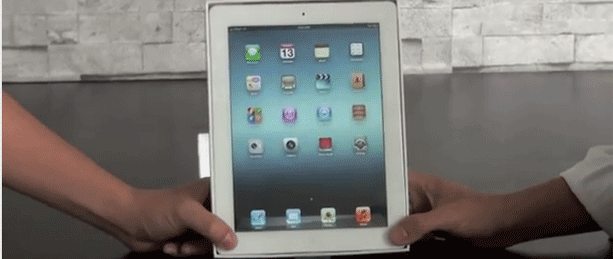1331649150_new-ipad-unboxin.png