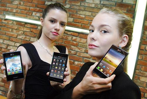 1336292088_lg-l7-l5-l3-android-smartphones-announced.jpg