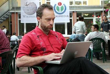 1337256192_jimmywaleswikipedia.jpg