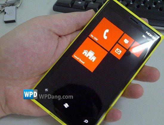 1344397034_nokia-lumia-windows-phone-81.jpg