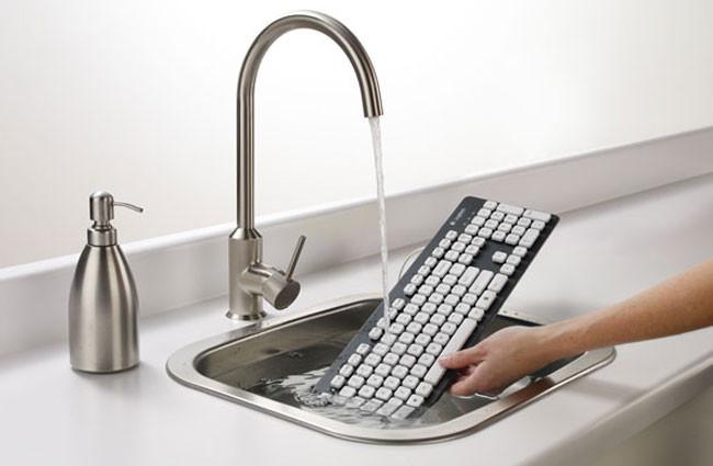 1345635417_logitech-washable-k310-keyboard.jpg