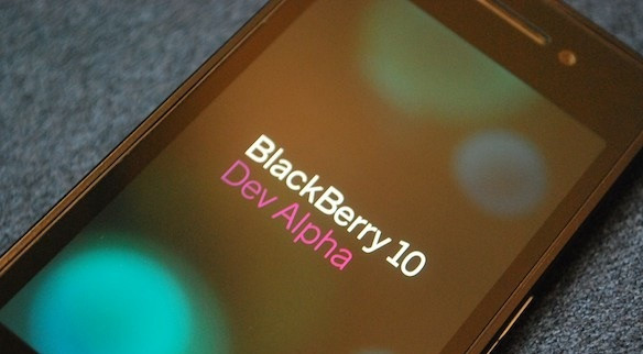 1349795956_blackberry-10-dev-alpha-hero.jpg