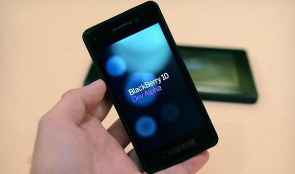 1351782212_blackberry-10-dev-alpha.jpg