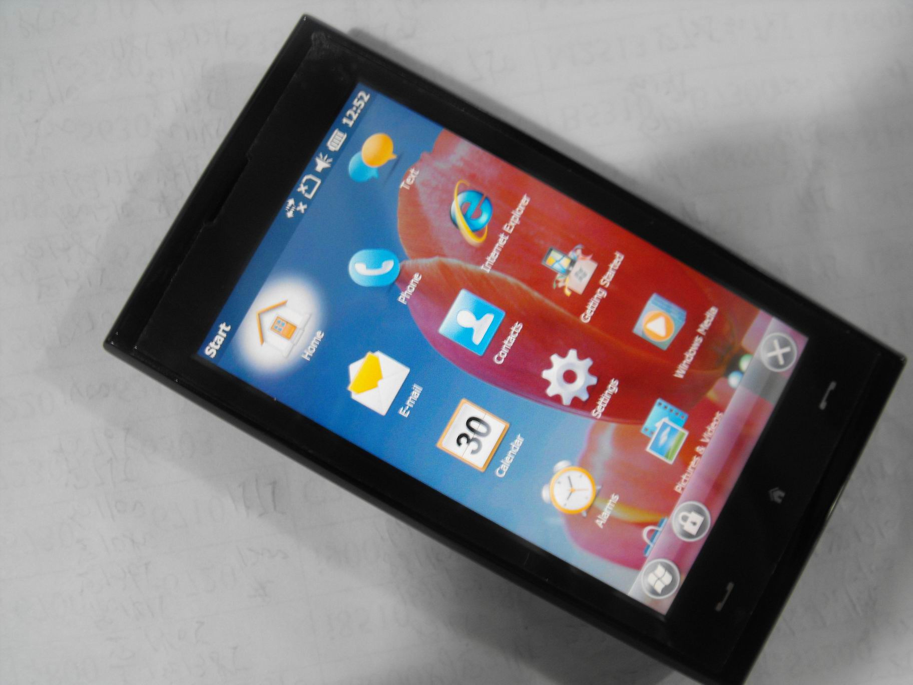 1354750897_htc-max-4g-smart-phone.jpg