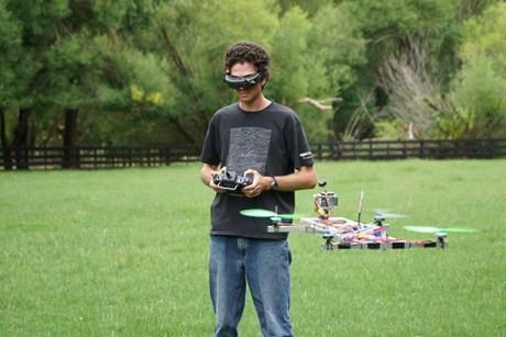 1356772261_michael-thomson-quad-copter-1200.jpg