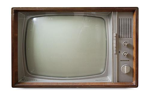 1357856001_black-and-white-tv.jpg