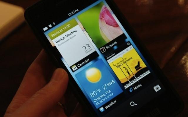 1358257485_blackberry10-01.jpg