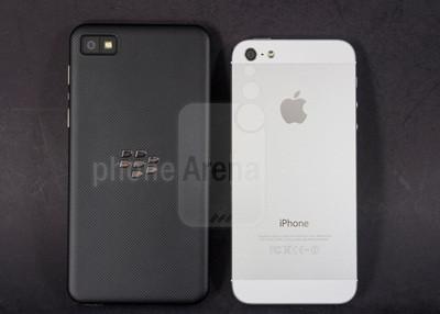 1360239102_blackberry-z1-vs-apple-iphone-5-002-kopyala.jpg