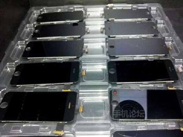 1360512810_first-iphone-5s-photos-allegedly-leaked-in-china-4.jpg