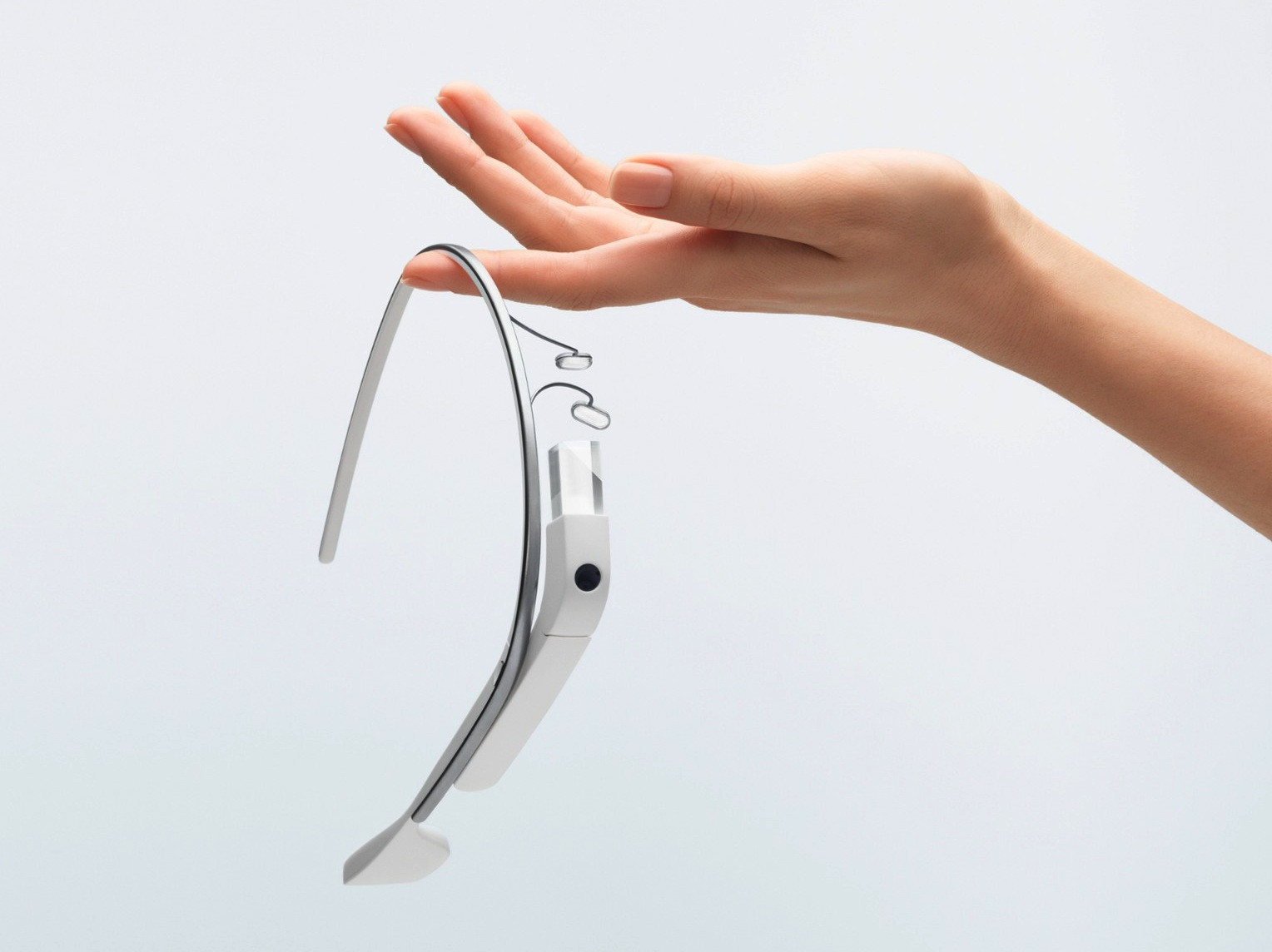 1361367567_google-releases-project-glass-video-capture-and-details-expands-pre-orders-2.jpg