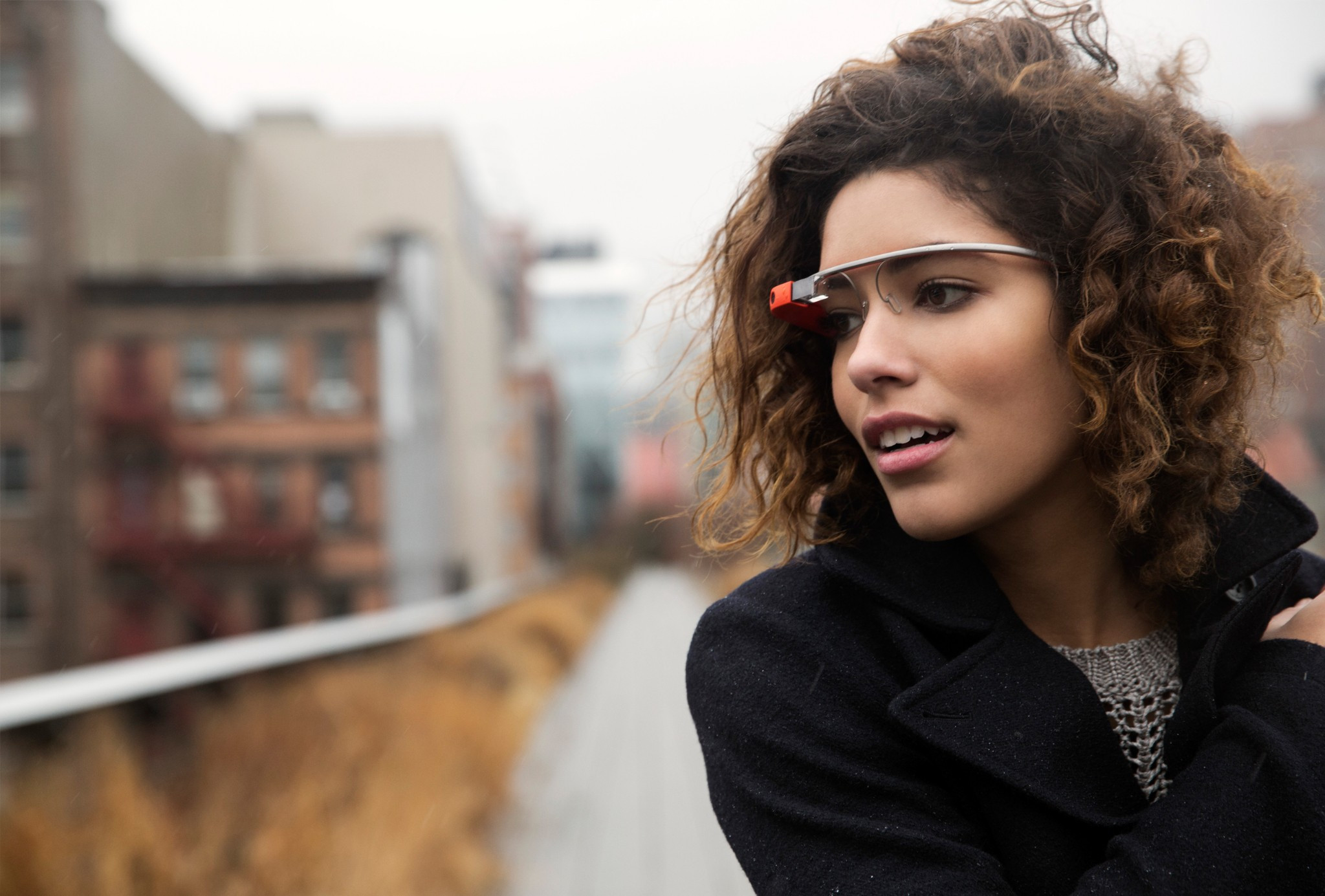 1361367923_google-releases-project-glass-video-capture-and-details-expands-pre-orders-11.jpg