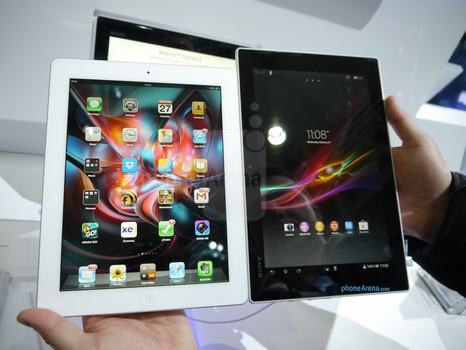 1361971484_sony-xperia-tablet-z-vs-apple-ipad-first-look-2.jpg