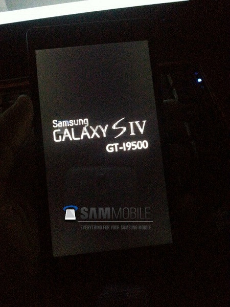1362031983_samsung-galaxy-s4-leak-2-600x800.jpg