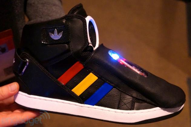 1362986833_google-ized-sneakers-5.jpg