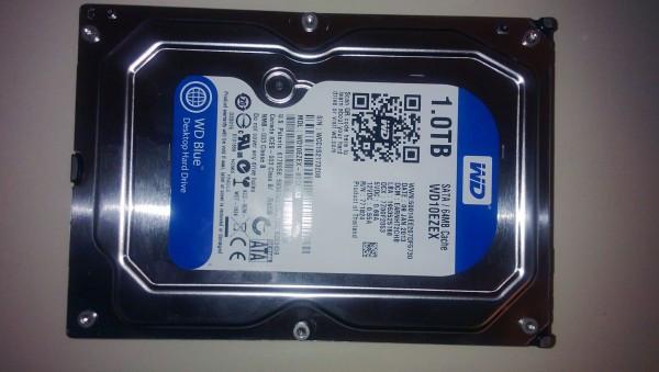 1364730448_western-digital-blue-1tb-hdd-inceleme-wd10ezex-4-600x339.jpg