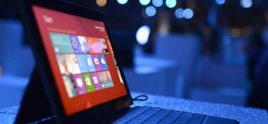 1366433501_microsoft-surface-tablet-at-windows-8-launch-event-via-getty-images2-645x250.jpg