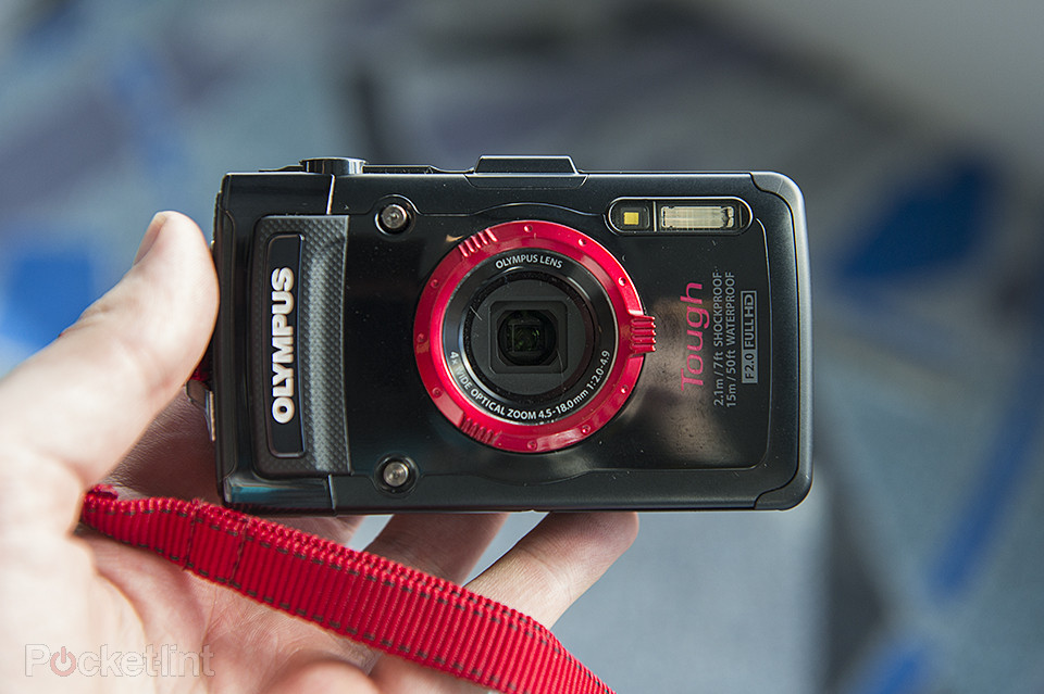 1371496055_olympus-tg2-tough-tg-2-waterproof-compact-pictures-and-hands-on-0.jpg