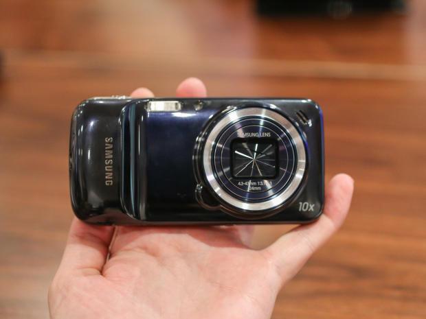 1371756105_samsung-galaxy-s4-zoom-2620x465.jpg
