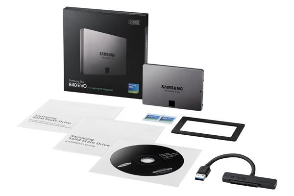 1374738448_840evo-laptop004setblack-copy.jpg