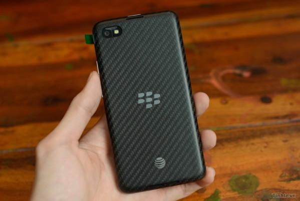 1374762417_tinhte.vn-blackberry-a10-06.jpg