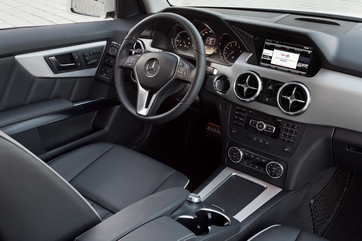 1374850014_2013-mercedes-benz-glk-class-interior1.jpg