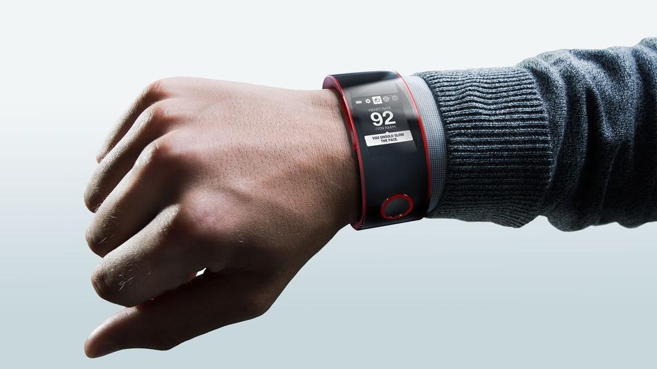 1378713847_nissan-nismo-watch-on-wrist-gradient.jpg