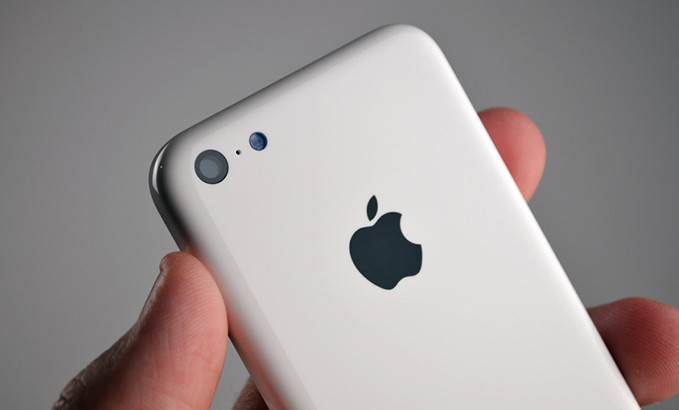 1378803437_apple-iphone-5c-leak.jpg