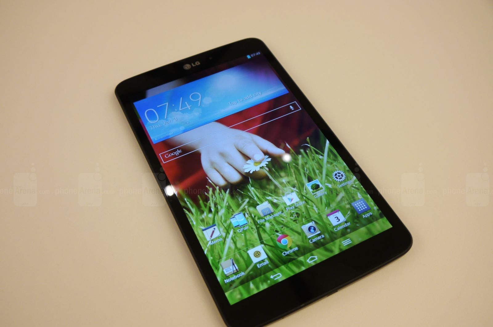 1379522834_lg-g-pad-8-3-hands-on-001.jpg