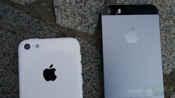 1379681984_iphone5c-vs-iphone5s-backs-cement-4-aa-kopyala.jpg