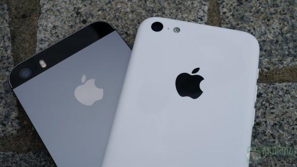 1379682012_iphone5c-vs-iphone5s-backs-cement-7-aa-kopyala.jpg