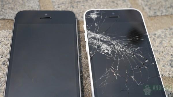 1379682206_iphone-5c-iphone-5s-drop-test-results-side-by-side-5-aa-kopyala.jpg