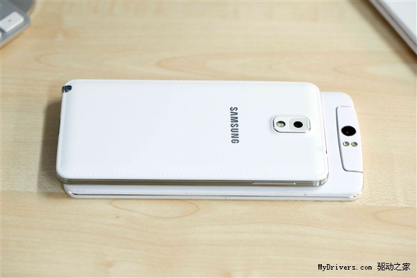 1382033825_oppo-n1-vs-galaxy-note-3-9.jpg