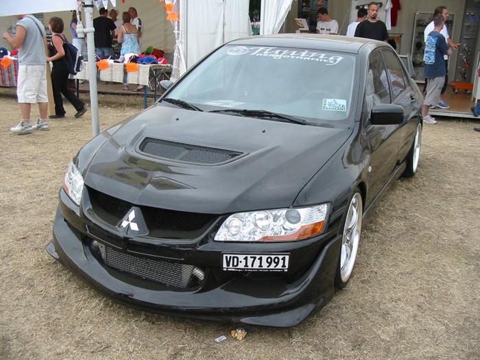 1382352483_mitsubishi-lancer-evolution200144.jpg