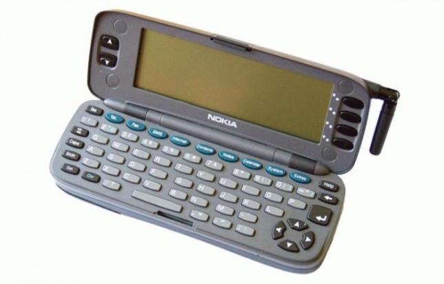 1382385959_nokia-9000-communicator1-645x412.jpg