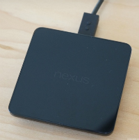 1383250006_wireless-charging-pad-for-nexus-5-and-nexus-7-on-the-way.jpg