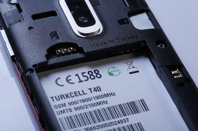 1387138311_img20131215212239.jpg Made in Turkey damgalı ilk telefon çıktı!