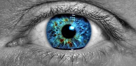 1387619225_eye.jpg