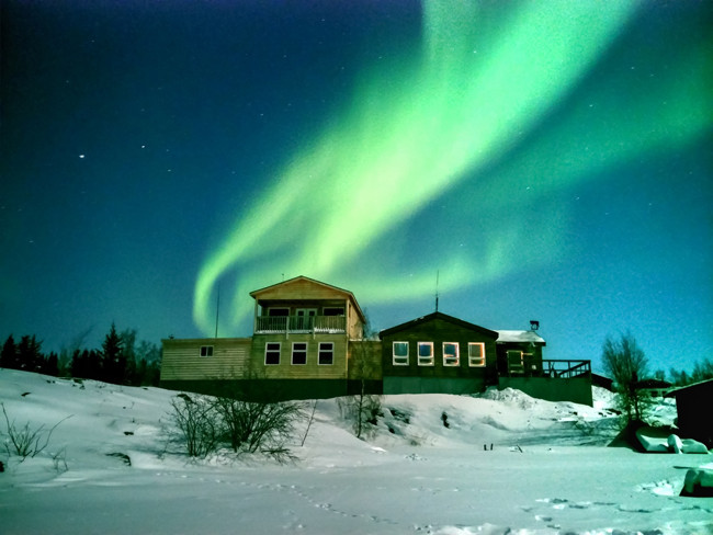 1392899624_northern-lights-photographed-with-lgs-g-pro-2-3.jpg