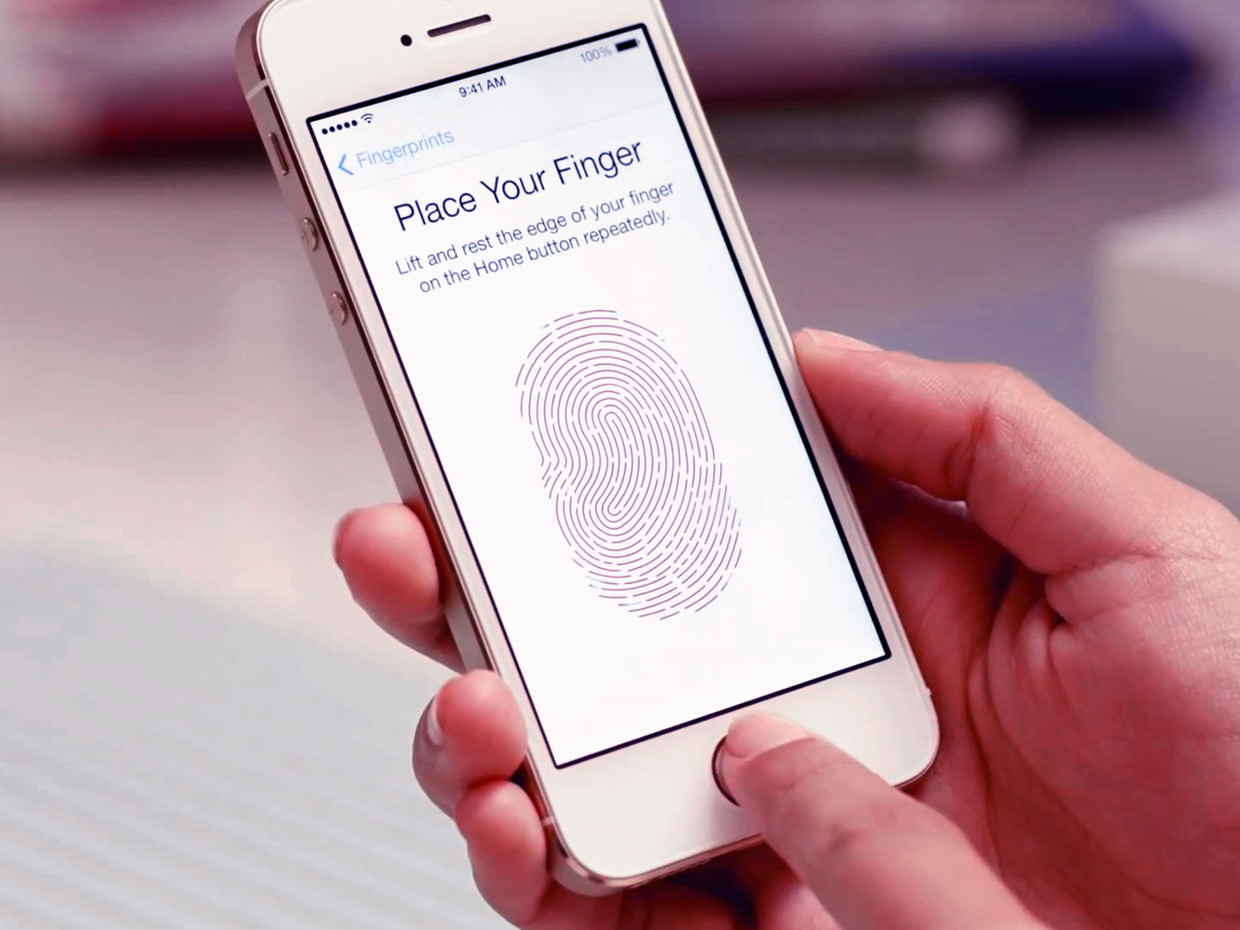 1393430395_iphone-5s-touch-id-fingerprint-video-hero-4x3.jpg