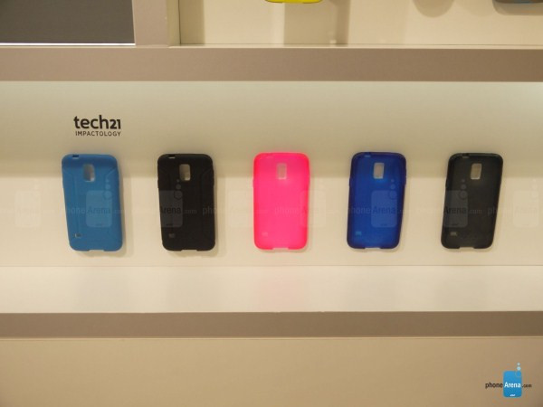 1393523882_samsung-galaxy-s5-cases-and-accessories-17.jpg