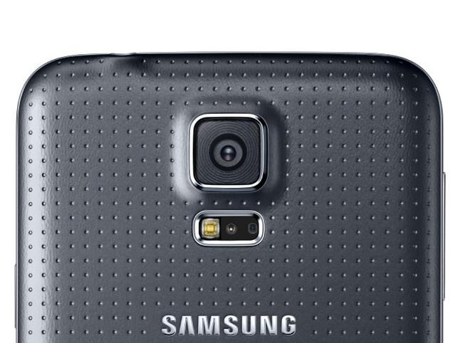 1398425542_high-resolution-camera.jpg
