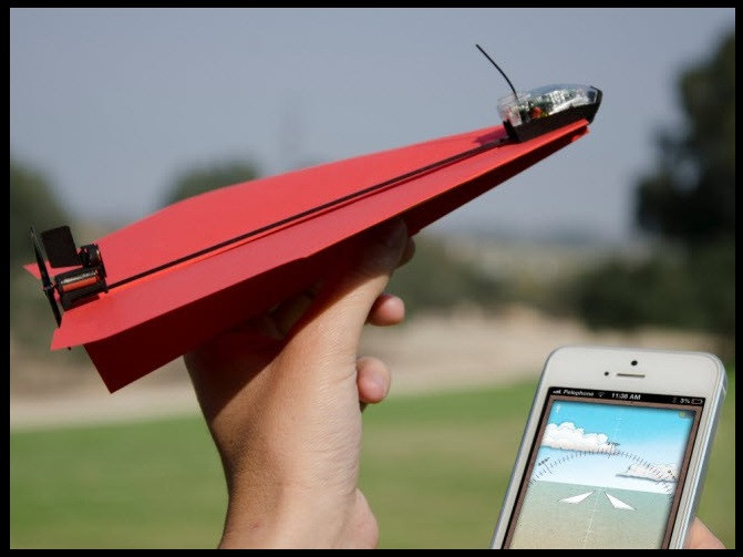 1398958562_the-paper-airplane.jpg