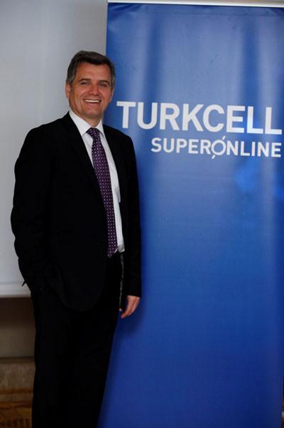 1399370699_turkcell-superonline-genel-muduru-murat-erkan.jpg