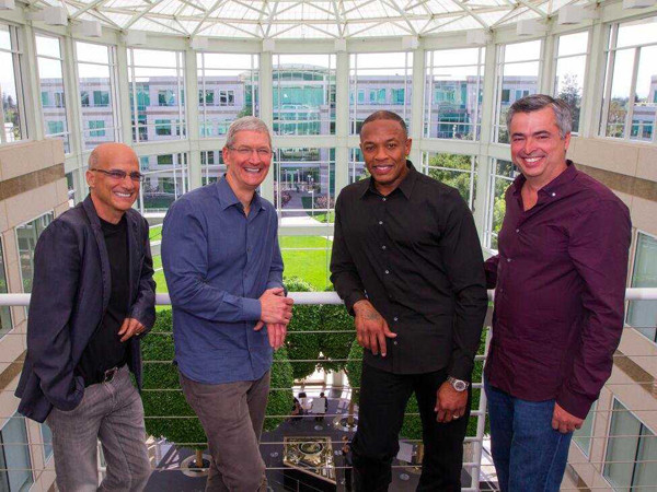 1401332541_its-official-apple-buying-beats-for-3-billion.jpg