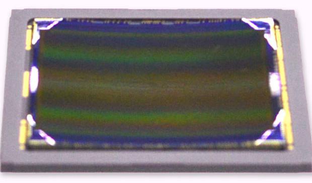 1402678423_sony-curved-cmos-sensor-1.jpg