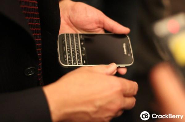 1403252047_blackberry-classic.jpg