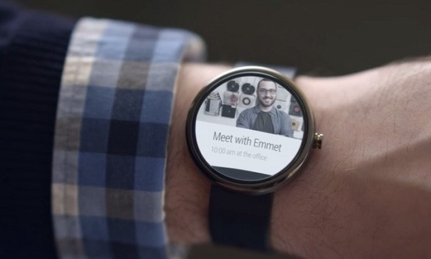 1403685636_introducing-android-wear-developer-preview-youtube-09-001265-710x426.jpg